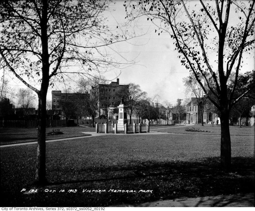 Victoria Square 1913